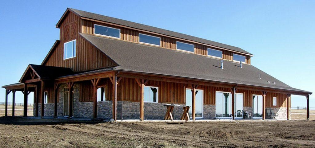 Farmhouse Barndomimium by Tunnell Construction